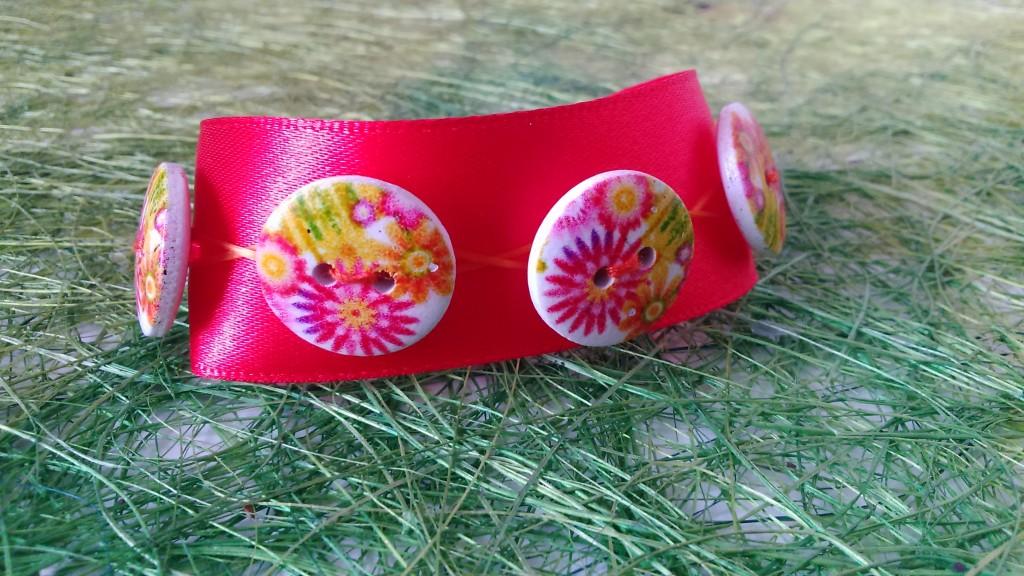 presentation principale bracelet fleuri