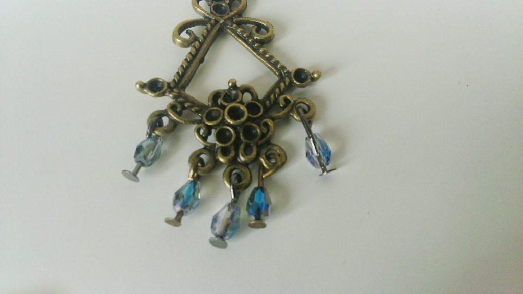 fixation perle sur connecteur